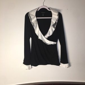 White House/Black Market silky top size L